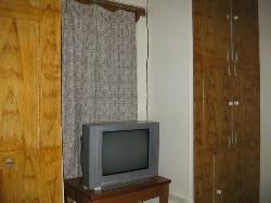 Rooms: simple, clean, elegant