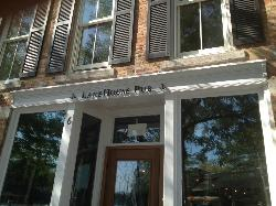 LakeHouse Pub