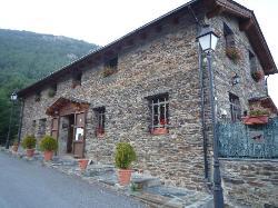 Parador De Canolich Restaurant