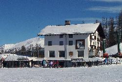 Orso Bianco, Hotel