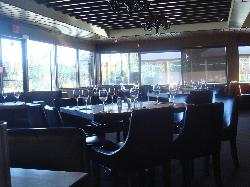 Earls Calgary 16th Avenue