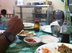 Khalil Muslim Food, Boracay