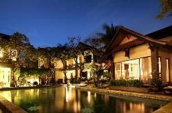 Puri Mesari Hotel & Suites