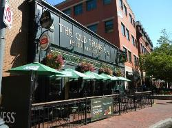 The Old Triangle Irish Alehouse