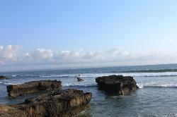 Pantai Batu Mejan (Echo Beach)