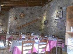 Kyperia Tavern