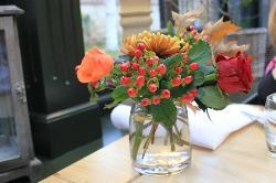 Table decorations - fresh and so seasonal