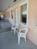 Paradise Bay Motel