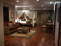 A junior executive suite
