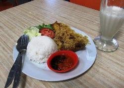 Gloria Food Court
