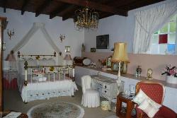Cap Classic Suite Room 8  (Suite)