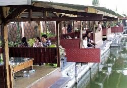 "Ikan Bakar ""Zona Alam"" Cafe, Resto, Fishing"