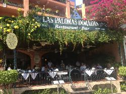 Las Palomas Doradas