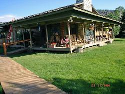 Boulder Lake Lodge