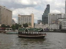 River Cafe and Terrace, The Peninsula Bangkok