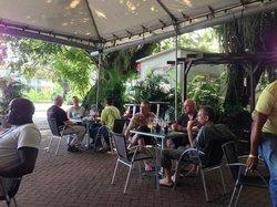 't Vat Sidewalk Cafe