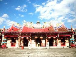 Gunung Timur Temple