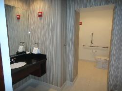 Huuuuge bathroom