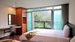 Shante Hotel Chitou