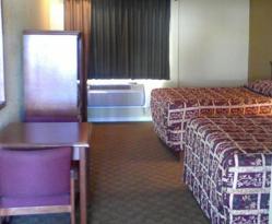 Bellflower Travel Inn