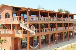 Hotel Romanos