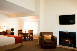 Cloverleaf Suites Lincoln Nebraska