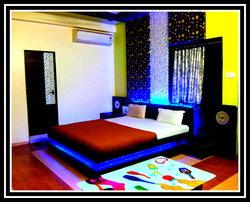 Rasraj Lodge Hotel