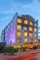 Sercotel Richmond Suites Hotel