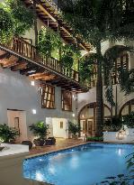 ホテル カサ サン アグスティン