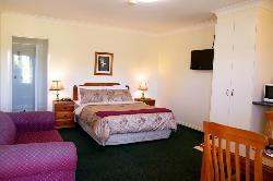 Maynestay Motel