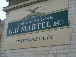 Champagne GH Martel & Co