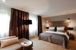 Hotel Gude