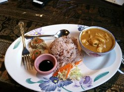 Phonthip Style Thai Restaurant