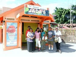 ‪Jada's Tropical Water Ice‬