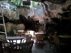 La Cueva Del Jabali