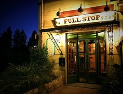 Full Stop Pub Restaurant