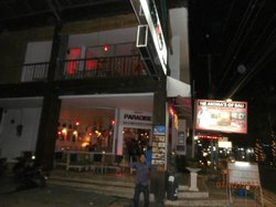 Cafe Legian Paradise