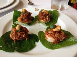 Prawns wrapped in betel leaf, throw down in one go......yum!