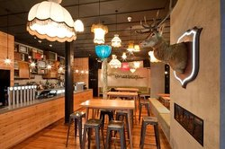 Stuart Street Macs Brewbar