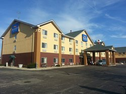 Baymont Inn & Suites South Haven