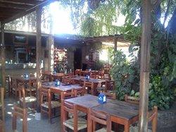 El guamuchilito Bar & Grill