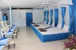 Diva Massage & Aromatherapy
