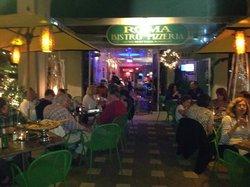 Roma Italian Bistro & Pizzeria