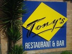 Tony's Restaurant & Bar