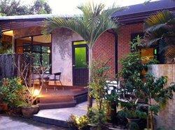 Vivien House