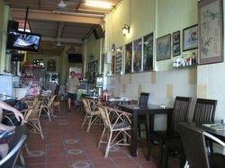 Monaliza bar-restaurant