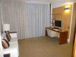 Room 727 (junior suite)