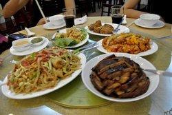 RU YI Restaurant