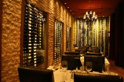 Michael Dominick's Lincoln Avenue Prime Steakhouse