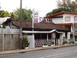 Leslie Restaurant